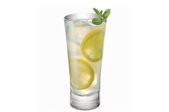 preparazione cocktail tom collins