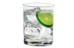 Cocktail Invisibile: Ricetta di un Forte Drink Giovanile