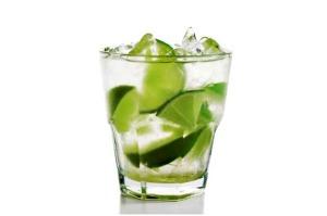 Cocktail Caipirinha: Scopri la Ricetta e la Composizione
