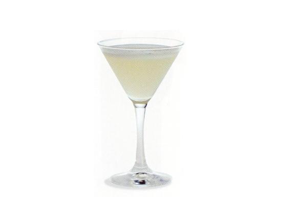 Preparazione cocktail daiquira